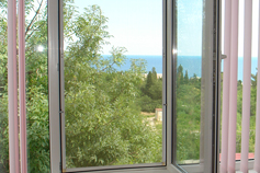 Комфортный номер с открытой террасой в Симеизе